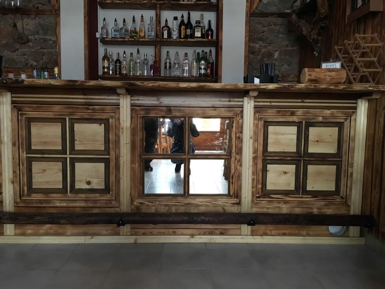 Дървени елементи по поръчка за интериор